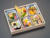 錦波(にしきわ)重箱風_2000円s